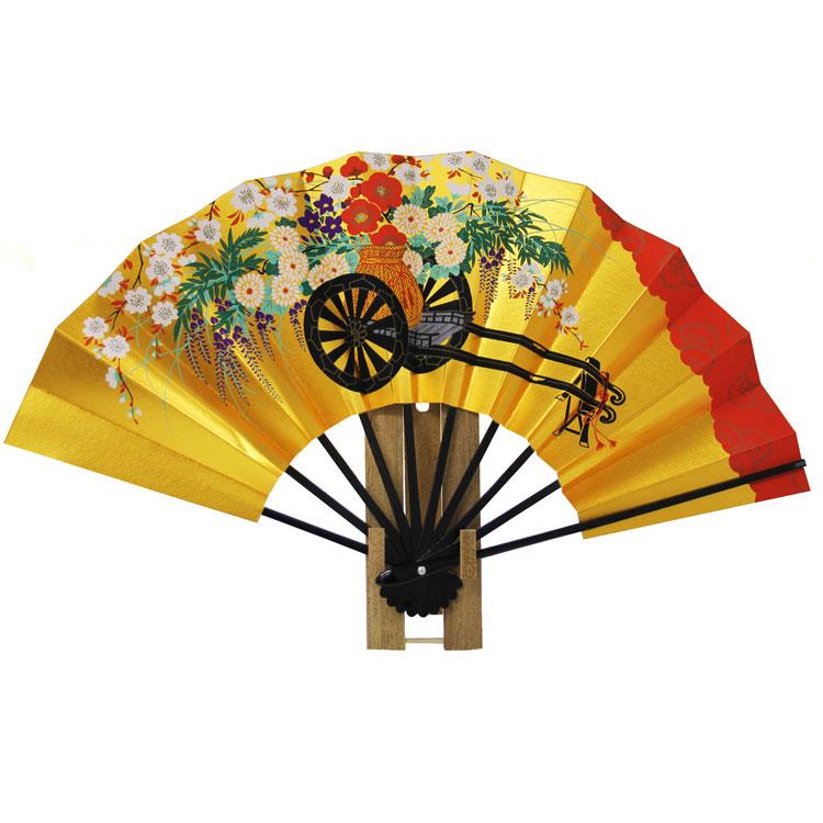色鮮やかな花々が丁寧に描かれた京扇子です