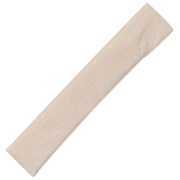 扇子袋は少し光沢のある生地を使用しています。