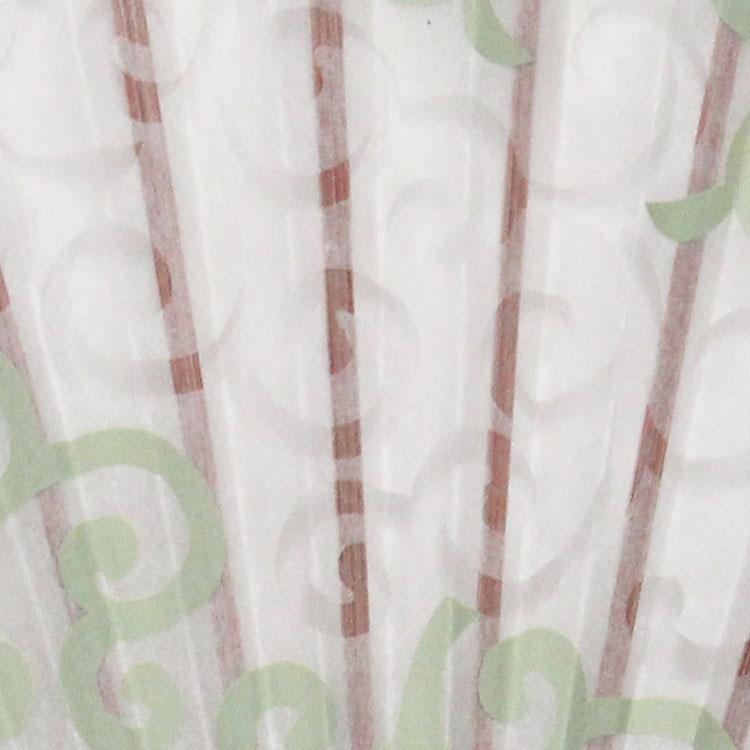 あたたかみのある美濃和紙とシルク重ね合わせた扇面。