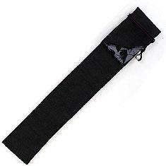 扇子袋は折り返しタイプで裏地は鴉と白鷺の柄となっています。