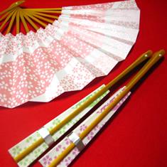 扇は桜柄の色違いを3本