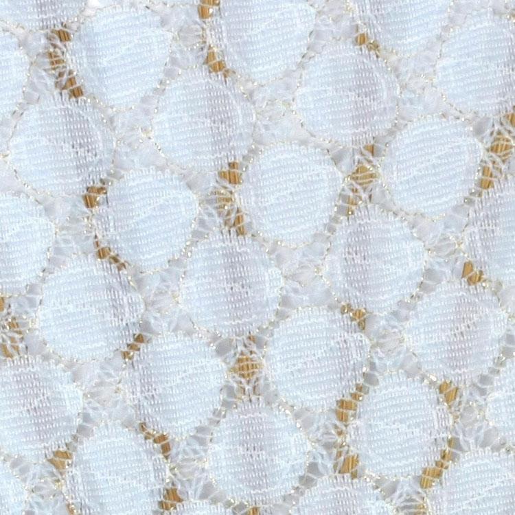 金糸が編み込まれたレース生地が上品で女性らしく、幅広いファッションに合わせやすいデザインです。