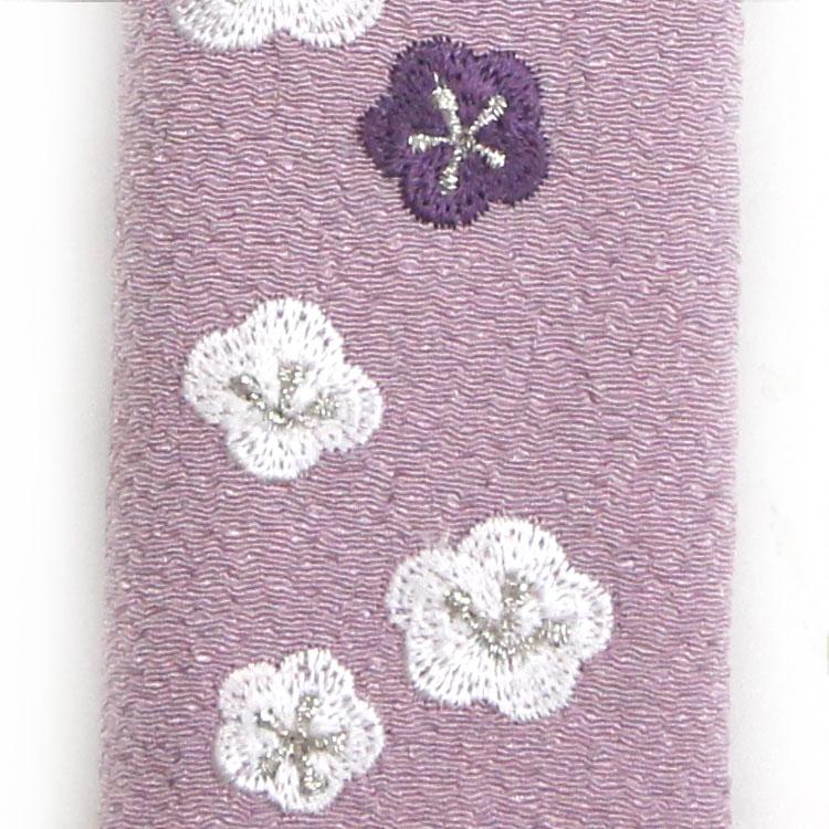 刺繍部分のアップ。