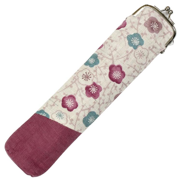扇子と同じ生地を使用した巾着型の扇子袋。