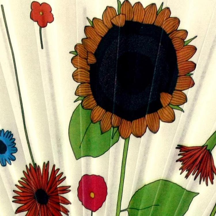 扇面アップ 美しき花々