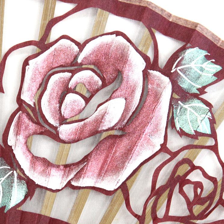 扇面アップ 薔薇