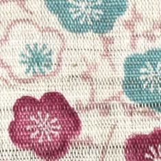 さらりと涼感のある手織りの麻。独特の風合いと耐久性に優れた天然繊維を使用しています。